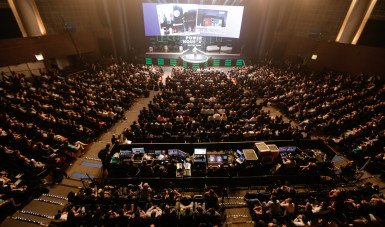 Na imagem, veja a platéia do Power House, maior evento de empreendedorismo da América Latina, que contou com 4 mil pessoas.