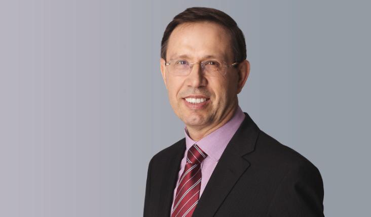 Carlos Wizard foi pioneiro na implementação de franquias, vendeu o Grupo Multi por R$ 1,9 bilhão e comprou a rede Mundo Verde
